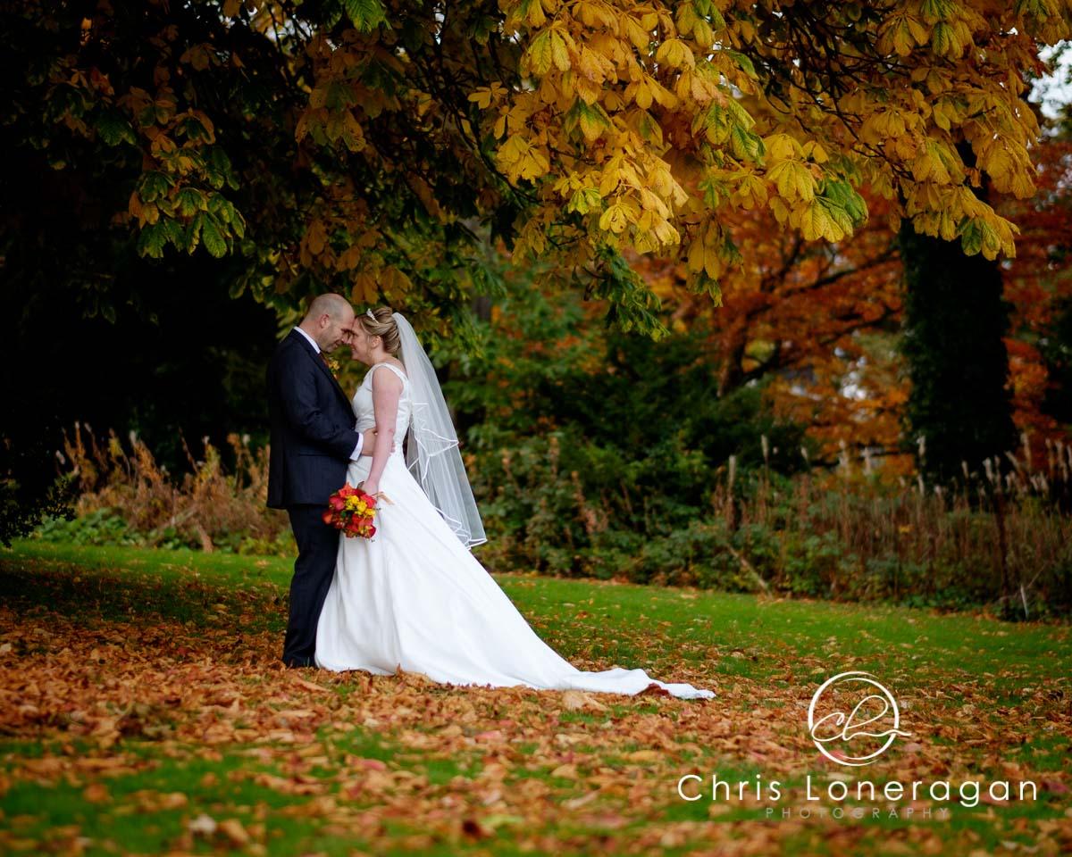 10 Beyond-Basic Digital Photography Tips m Peter and autumn wedding photos
